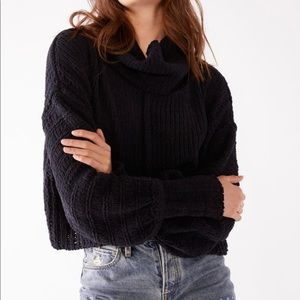 Free People Be Yours Cowl Neck Boxy Cropped Fit Knit Sweater Women's XS NEW